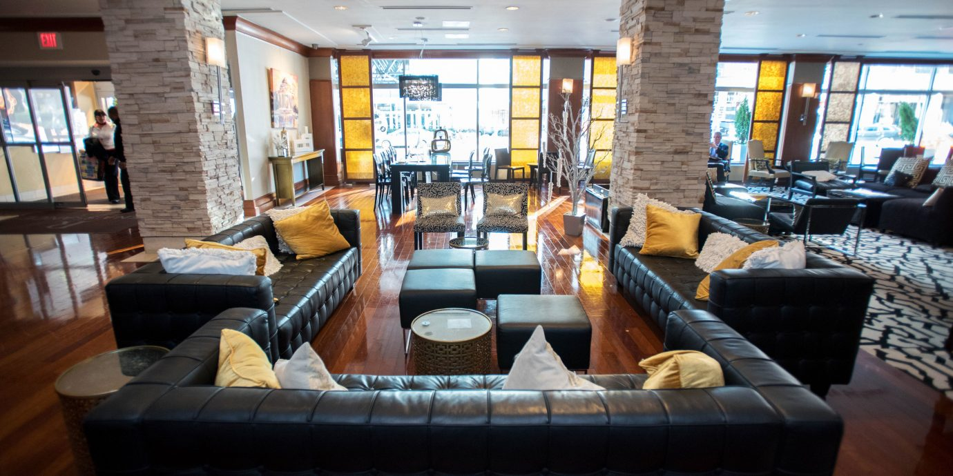 sofa property living room Lobby Resort home condominium vehicle restaurant Modern leather