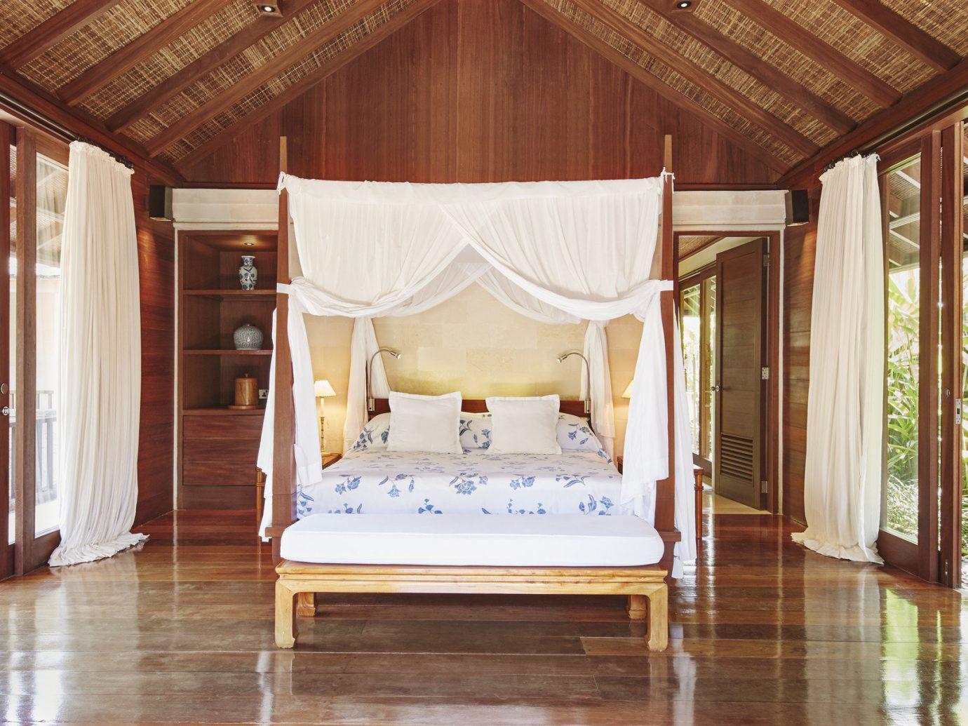 Health + Wellness Hotels floor indoor room property estate house home interior design cottage furniture bed mansion wood Villa Bedroom farmhouse Resort