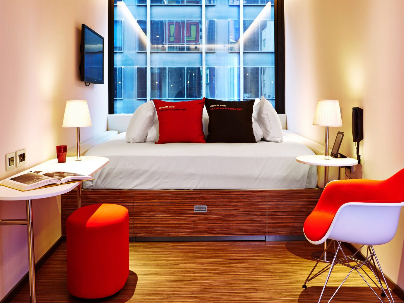 Bedroom Budget City Modern indoor floor wall room property living room furniture interior design Suite home dining room Design office table apartment waiting room area wood