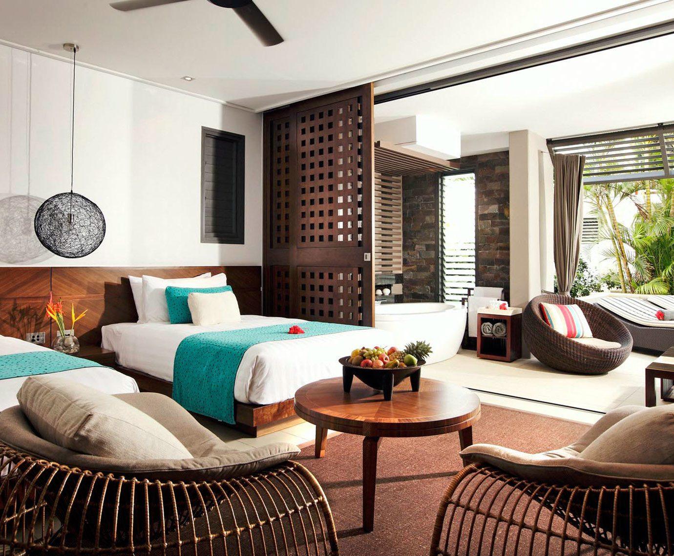 sofa property living room condominium home Suite Villa cottage Modern
