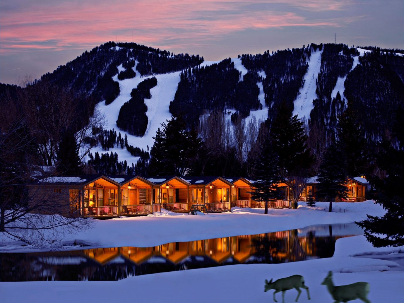 7 Cozy Cabins For A Winter Getaway