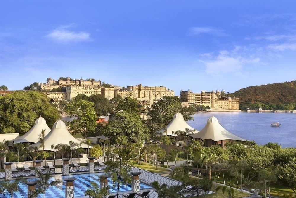 sky property Resort Town Nature Village marina palace panorama Villa shore lush