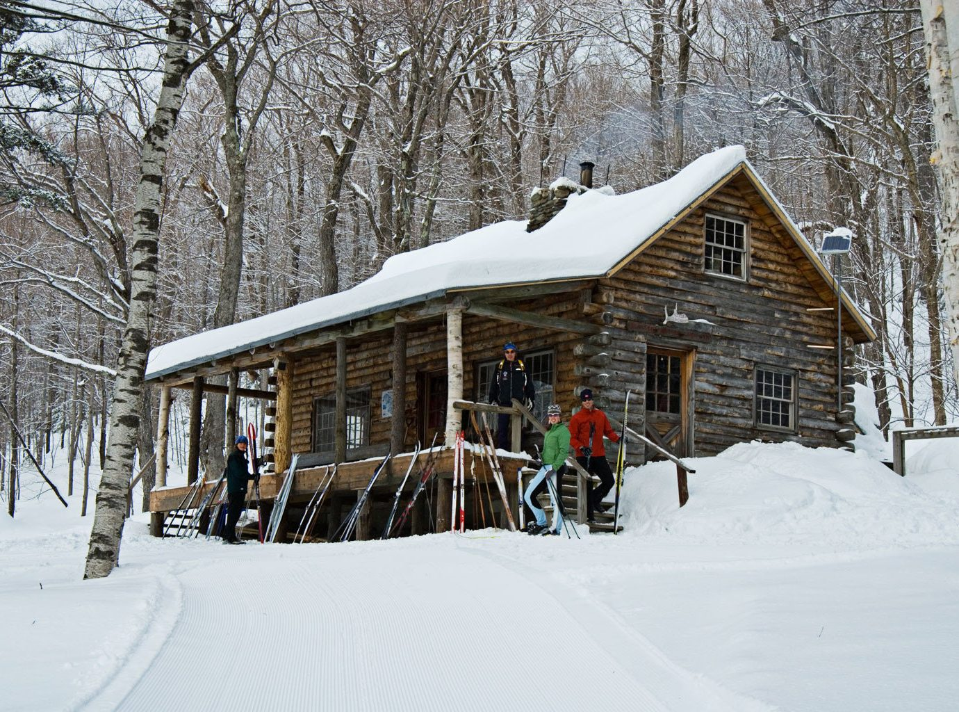 Country Family Lodge Mountains Outdoor Activities Outdoors Ski Trip Ideas Weekend Getaways snow tree outdoor Winter skiing weather house Nature season sugar house log cabin blizzard nordic skiing