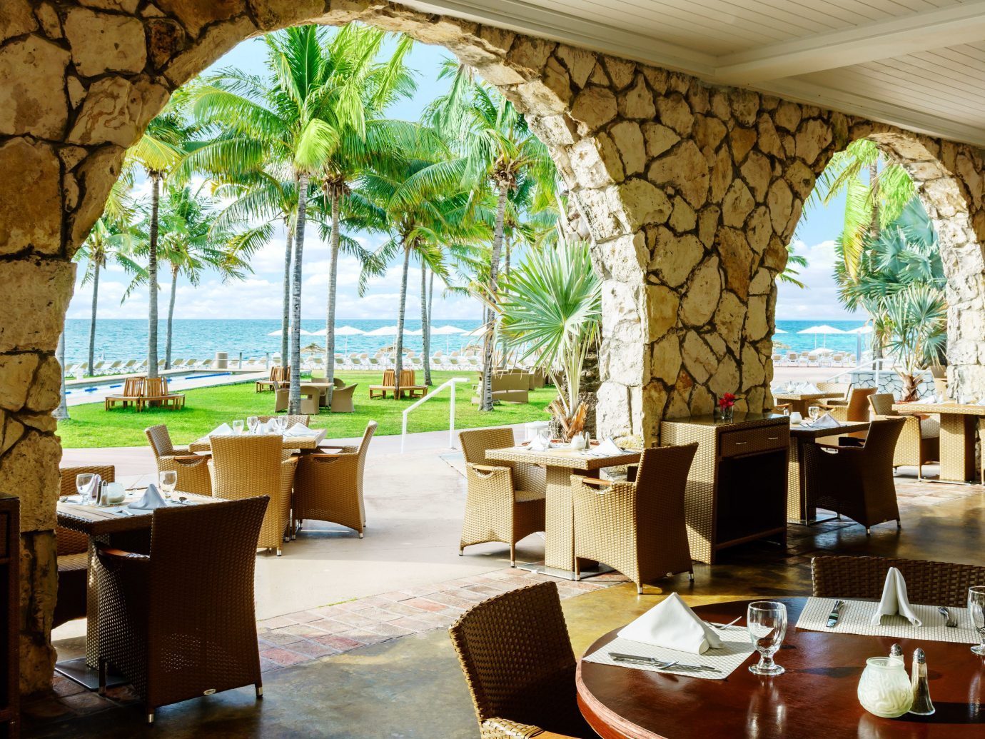 Outdoor restaurant at Lighthouse Pointe at Grand Lucayan
