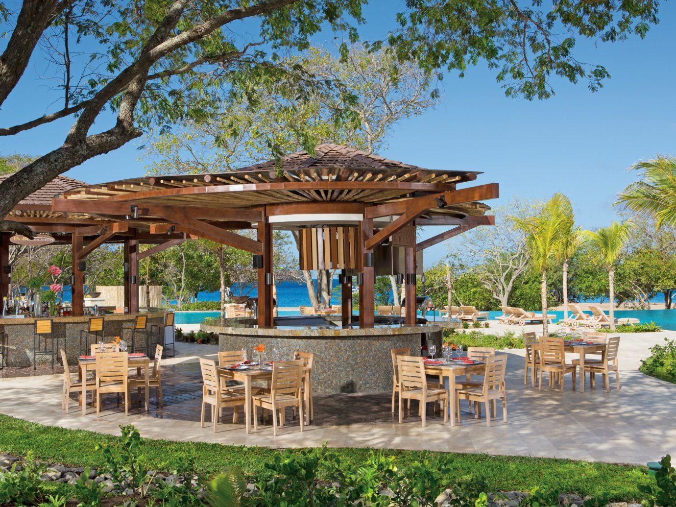 Dreams Las Mareas Outdoor Bar - Guanacaste Costa Rica