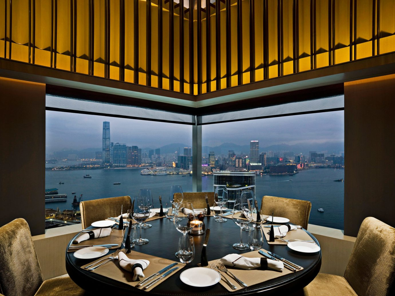 City Dining Drink Eat Food + Drink Scenic views Waterfront room dining room living room interior design restaurant estate lighting home Design Lobby window covering Suite window several