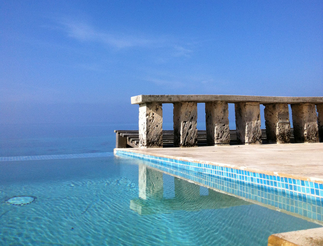 Adult-only Beach Beachfront Honeymoon Hotels Pool Romance Romantic Tropical Waterfront sky water Sea outdoor swimming pool Ocean vacation Coast pier bay breakwater blue