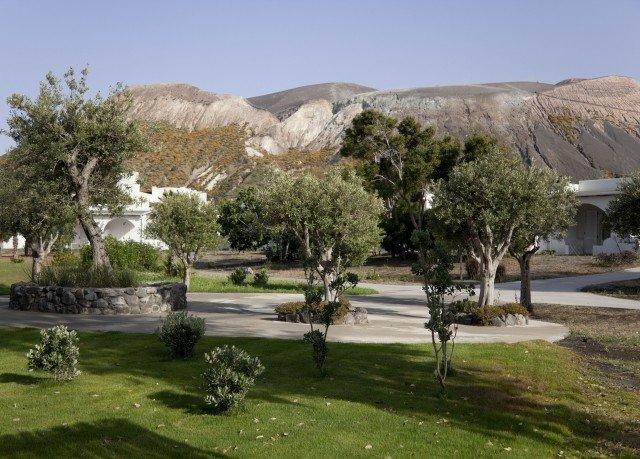 grass sky tree property Resort plant grassy lush day