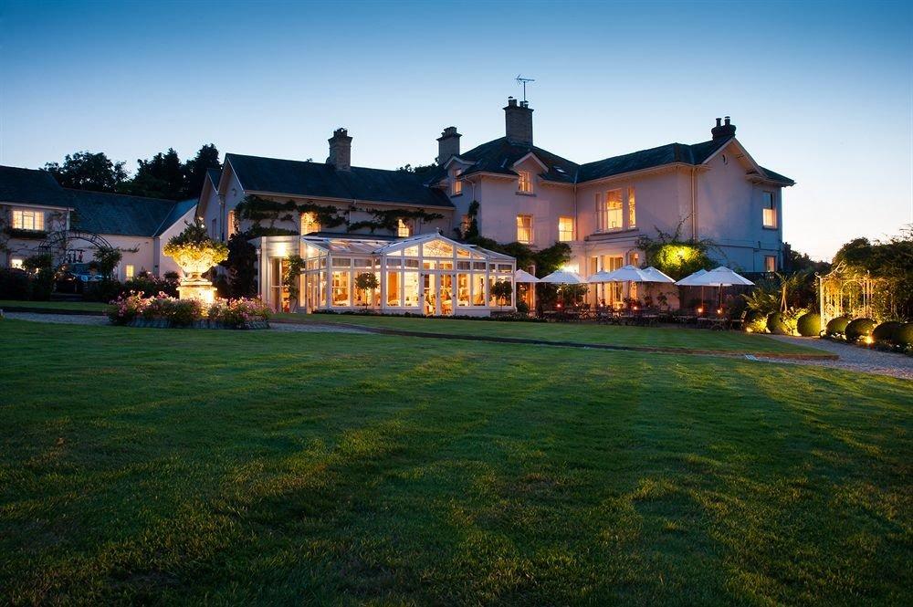 sky grass house home mansion residential area evening Resort Villa lawn grassy