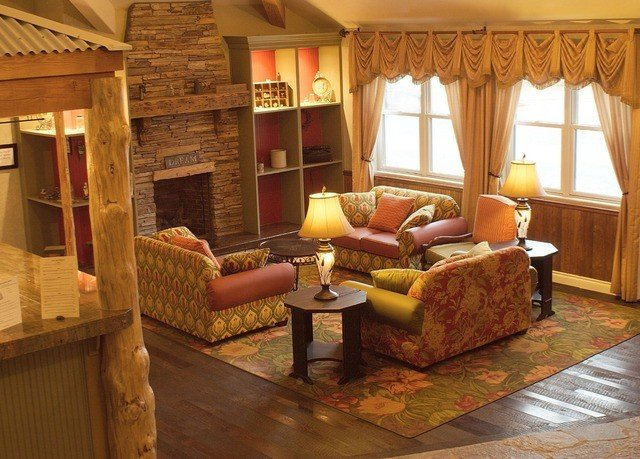 property living room cottage home Villa log cabin farmhouse Suite