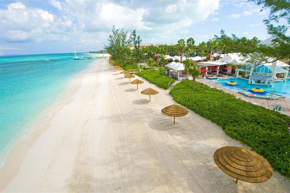 Hotels sky outdoor Beach leisure walkway vacation Resort Sea swimming pool estate shore