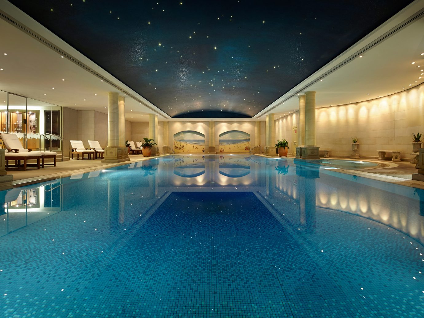 All-Inclusive Resorts Boutique Hotels Elegant Hot tub Hot tub/Jacuzzi Hotels Luxury Play Pool Resort Romance indoor ceiling swimming pool leisure centre estate blue thermae