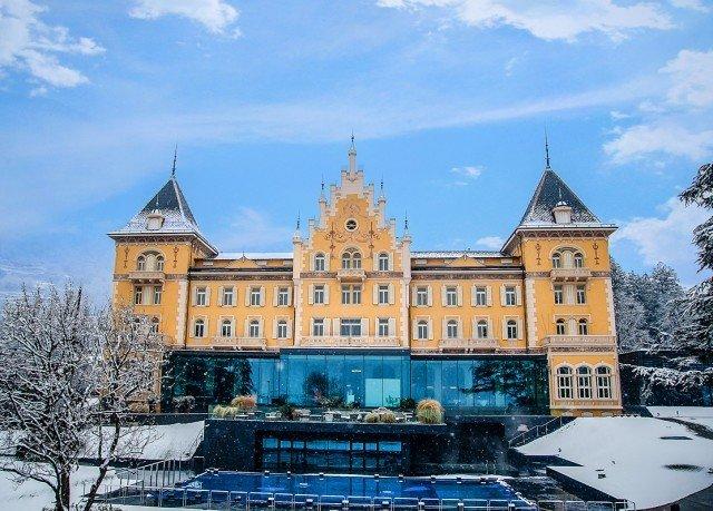 sky building château landmark Town castle palace tours