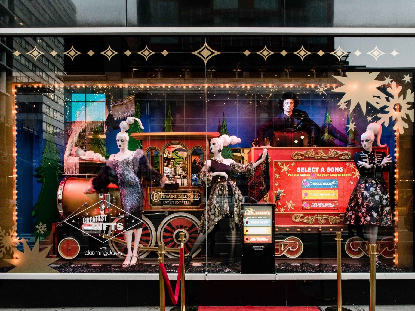 Offbeat Winter display window stage recreation decorated