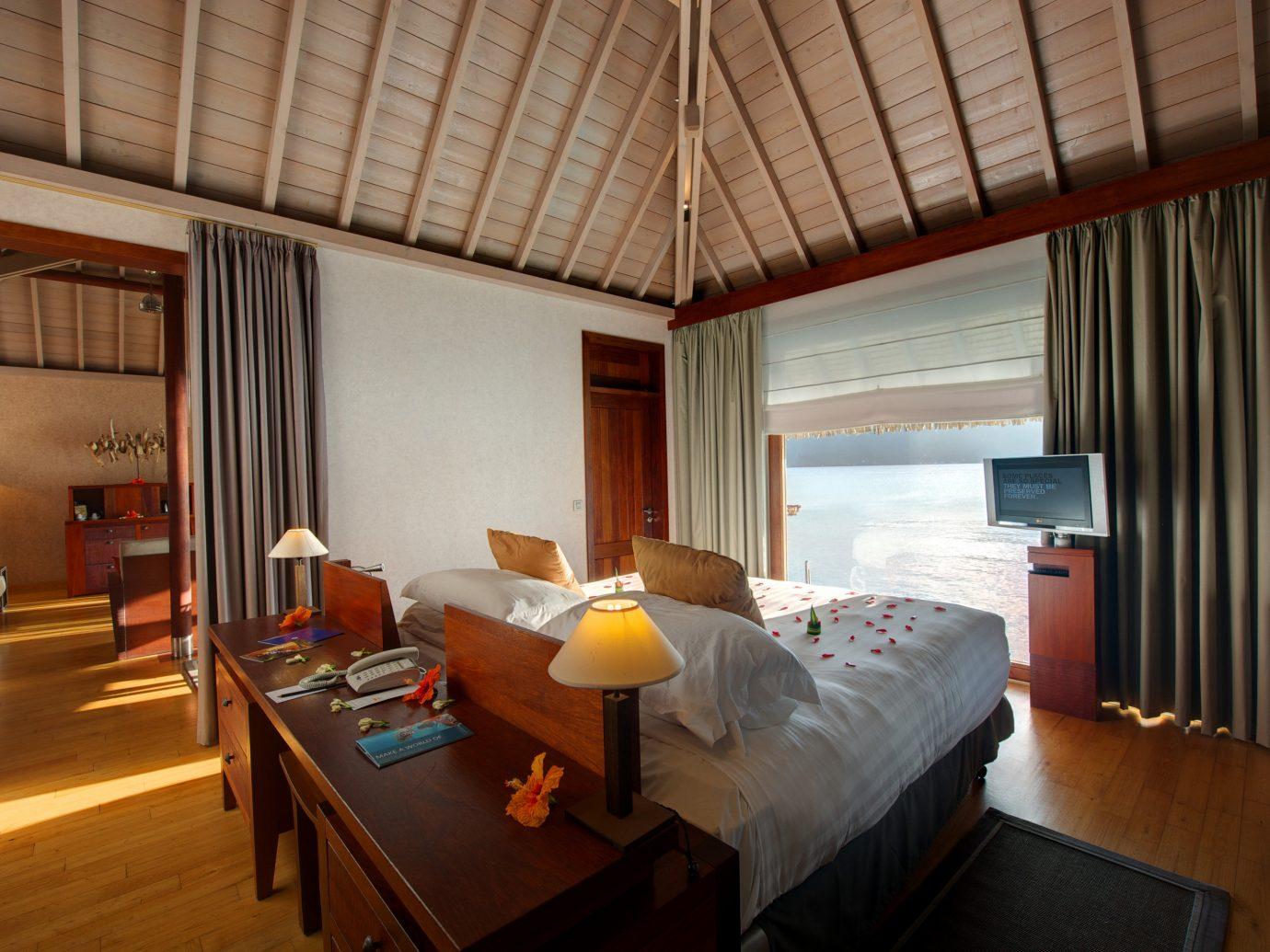 All-Inclusive Resorts Boutique Hotels Hotels Romance indoor floor bed room window Suite interior design Bedroom ceiling hotel real estate boarding house estate furniture