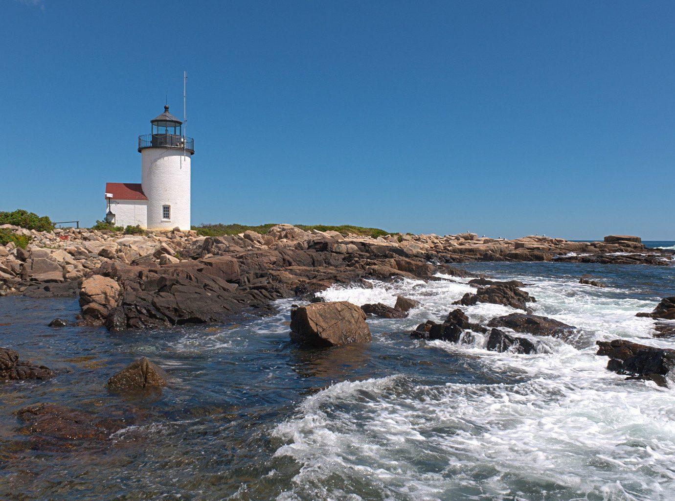 Lighthouse overlooking the ocean
