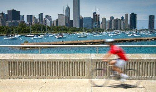 Jetsetter Guides outdoor bench ground City park skyline human settlement walkway wooden condominium boardwalk Deck shore