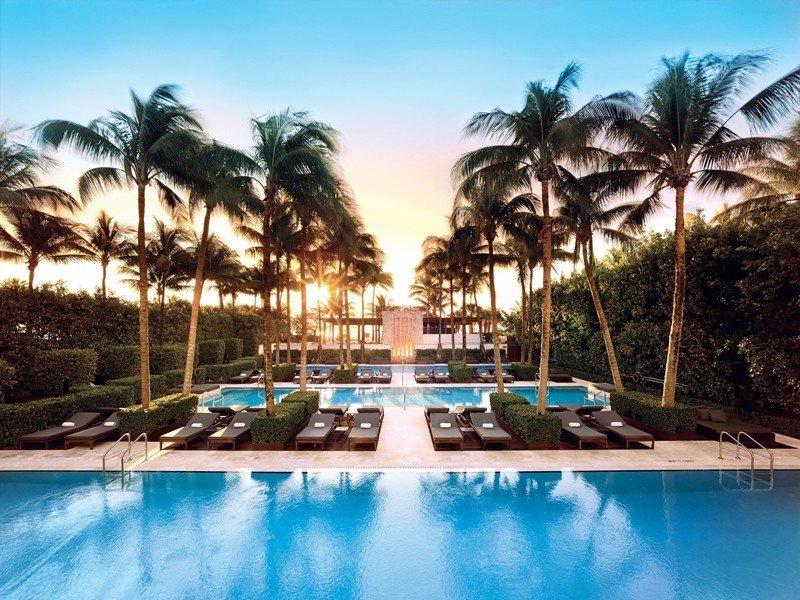 City Hotels Luxury Miami Miami Beach Resort swimming pool property leisure estate resort town palm tree vacation hotel real estate caribbean arecales tropics water sky tourism condominium hacienda Villa tree computer wallpaper