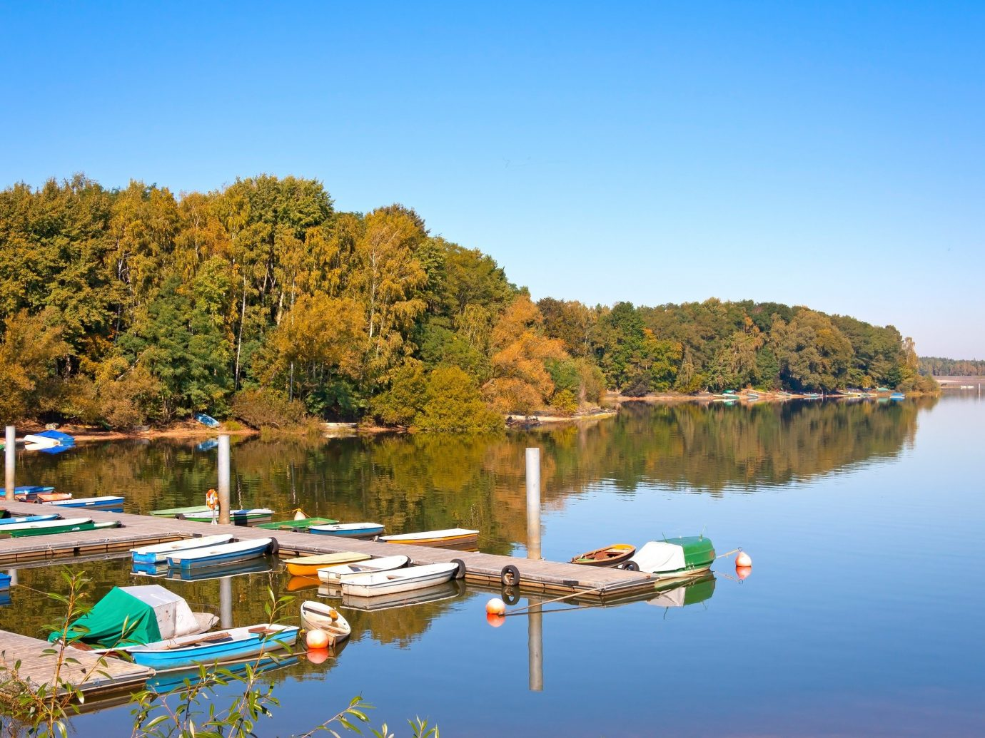 Trip Ideas water outdoor tree sky Boat Lake body of water River Nature reservoir pond Harbor day
