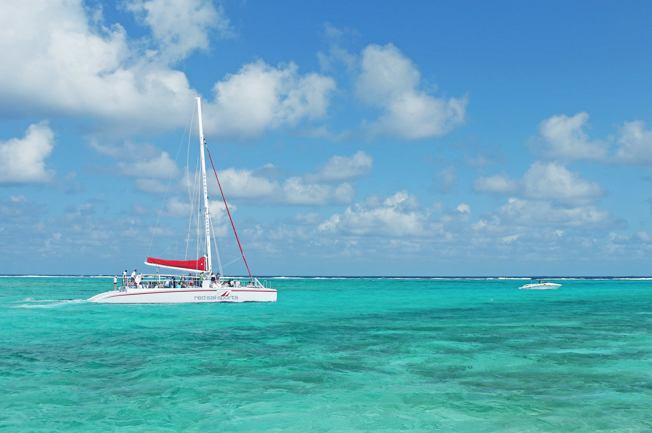 Trip Ideas sky water outdoor Boat Ocean Sea vehicle sailboat caribbean watercraft blue transport sailing vacation catamaran Lagoon wind wave sail bay Coast Island wind ship day