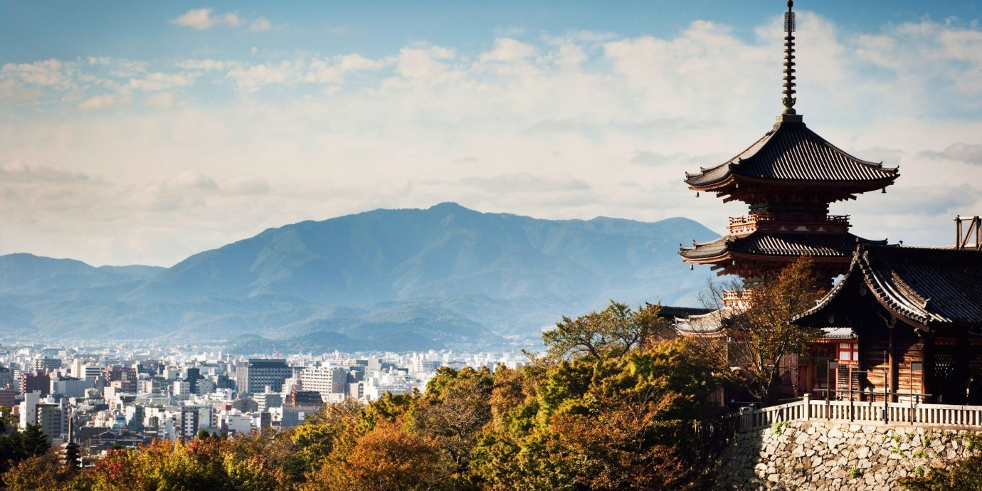 Trip Ideas outdoor sky mountain landmark morning tourism mountain range place of worship background castle evening City autumn tower temple distance