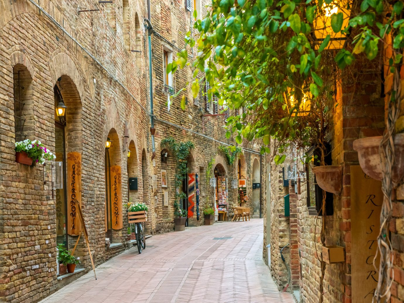 Trip Ideas building way scene sidewalk alley Town outdoor brick wall street medieval architecture history neighbourhood arch City road tree window historic site stone