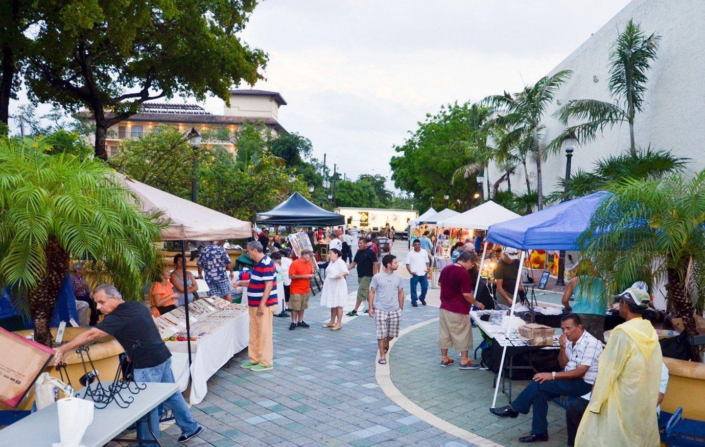 Budget tree outdoor sky tourism people walkway Resort market