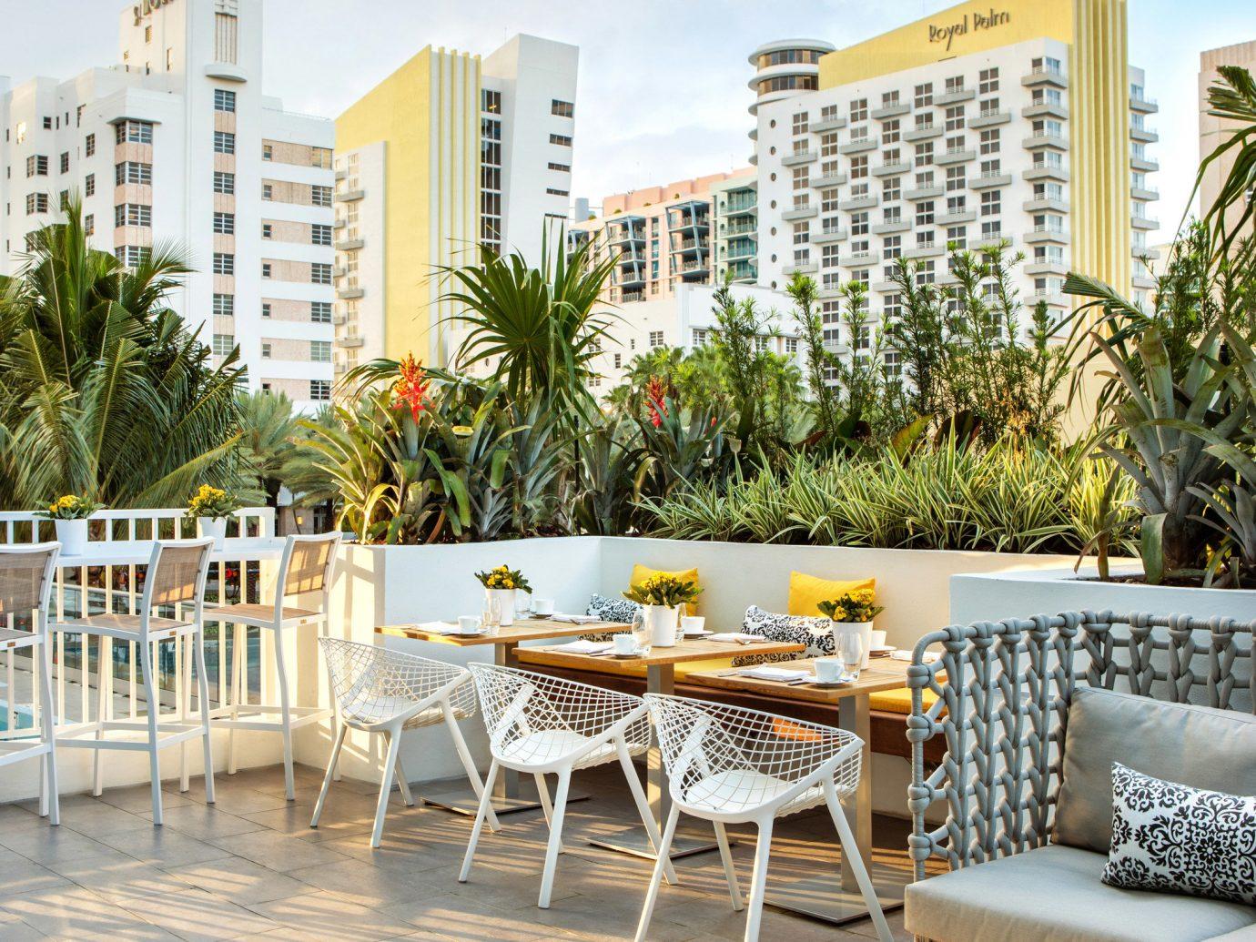 Budget outdoor sky ground walkway condominium vacation home estate backyard interior design outdoor structure plaza Resort apartment