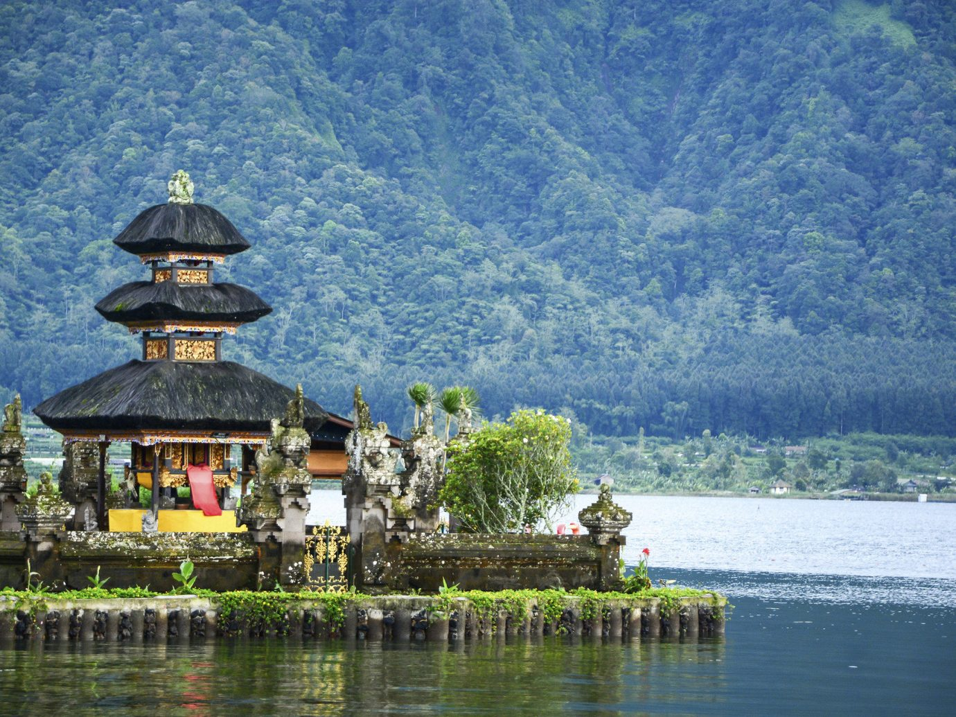 Romance Trip Ideas water outdoor mountain reflection Lake River tourism Nature temple place of worship surrounded
