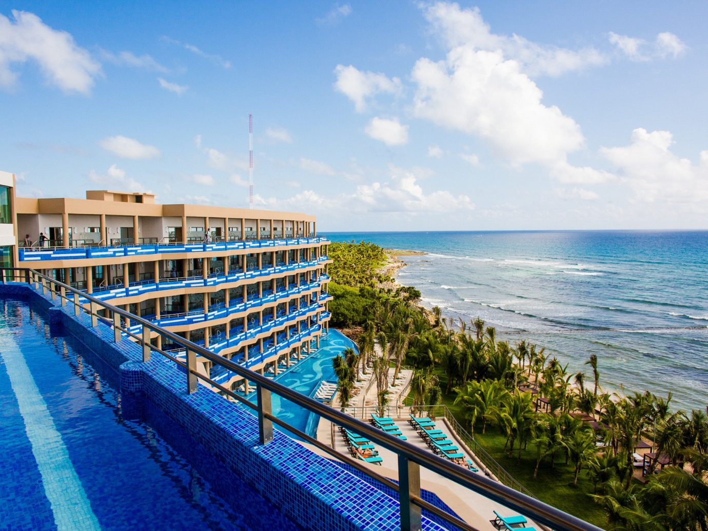 All-inclusive All-Inclusive Resorts Mexico Riviera Maya, Mexico Sea Resort sky condominium leisure vacation Coast Ocean shore real estate tourism swimming pool horizon resort town water bay Beach