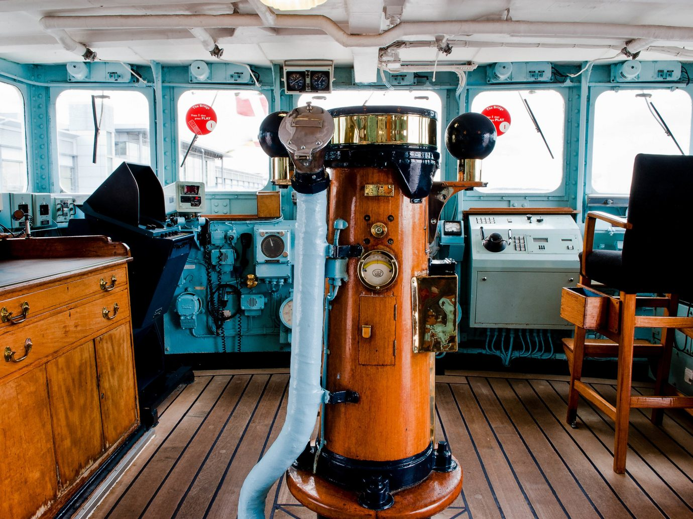 Edinburgh Hotels Jetsetter Guides Scotland Travel Tips Trip Ideas floor indoor vehicle Boat Deck furniture kitchen appliance