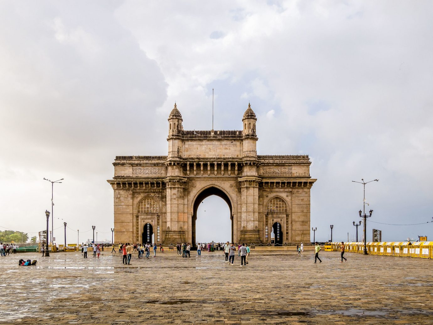 India sky landmark arch historic site history monument building tourist attraction triumphal arch town square ancient history tourism plaza facade mausoleum