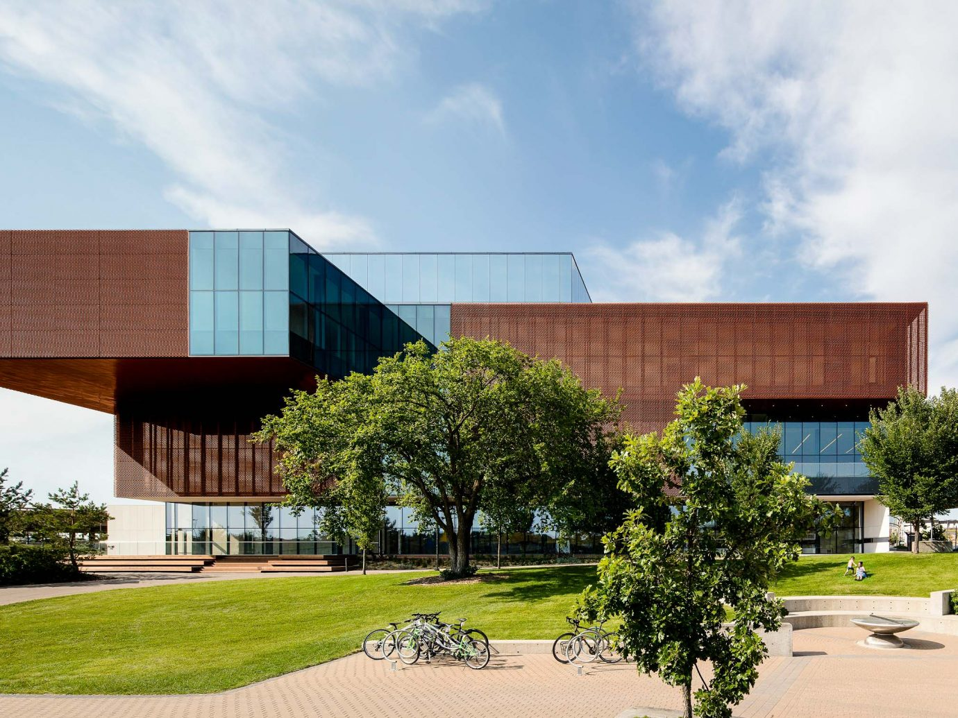 Remai Modern, Saskatoon, Saskatchewan museum exterior architecture lawn
