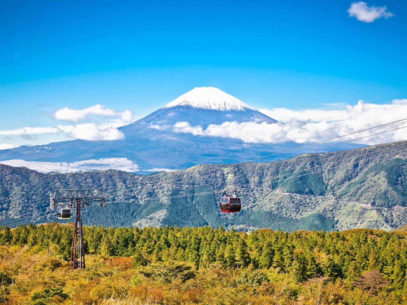 Ropeway and view of Mountain Fuji from Owakudani, Hakone. Japan.