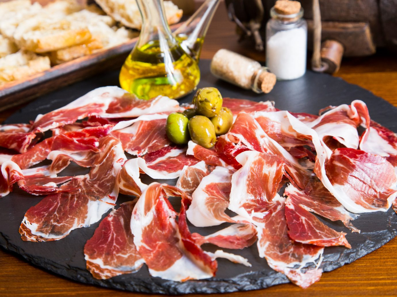 The Dish: Jamón Ibérico and Pan con Tomate at Bodega 1900 in Barcelona, Spain