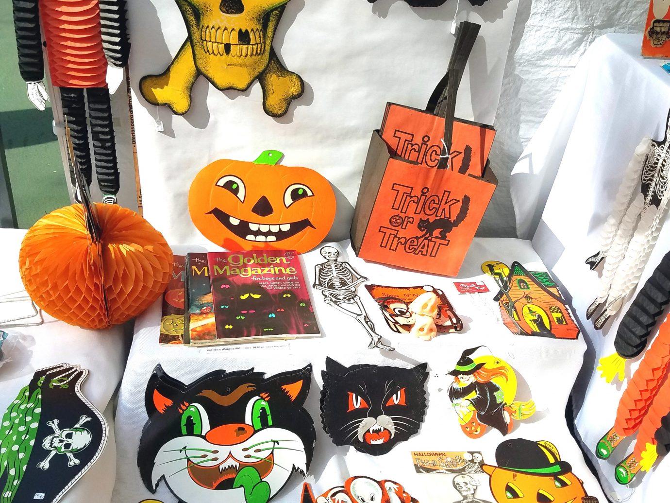 halloween decorations at Scary Bazaar