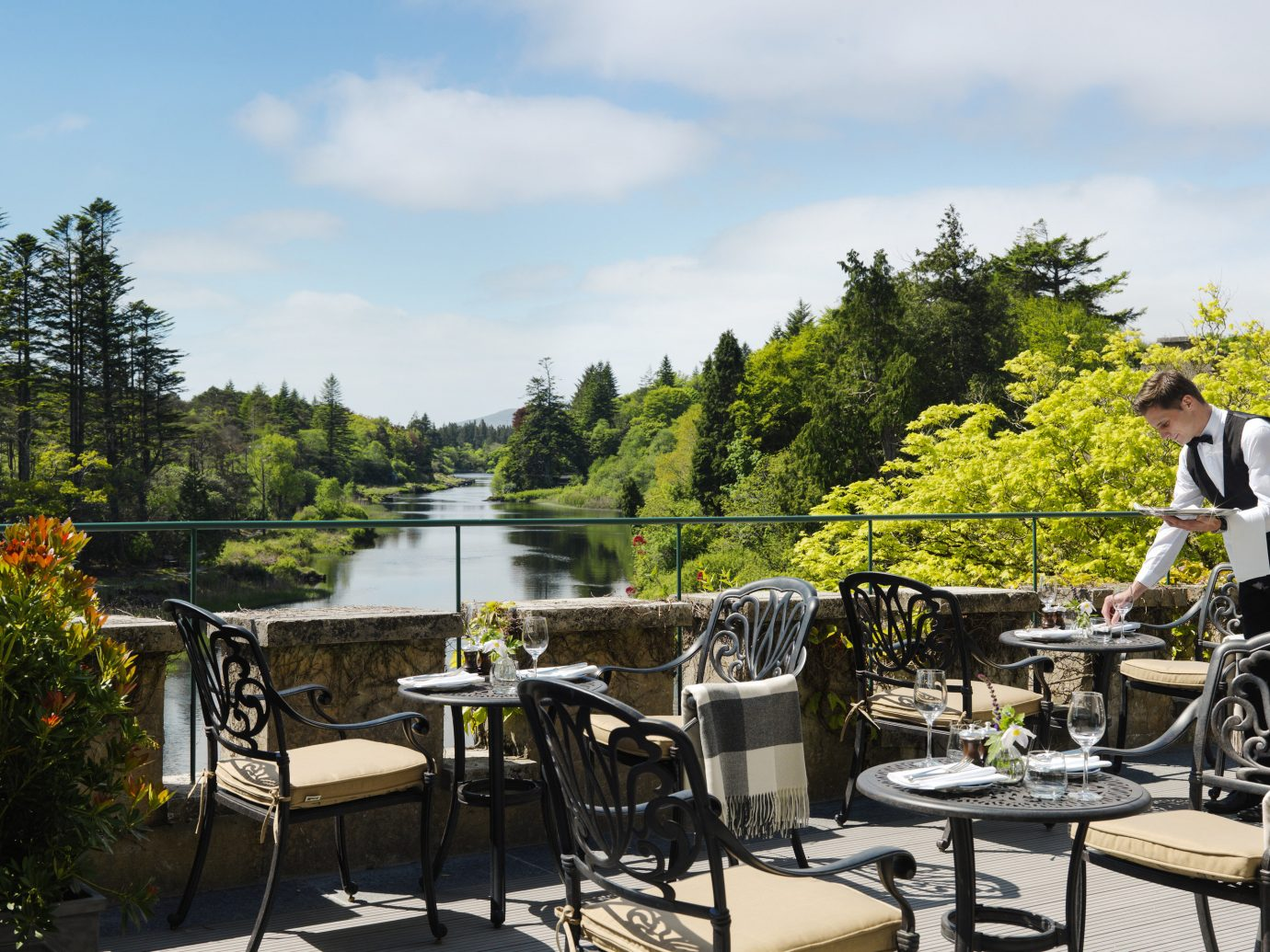 Outdoor dining at Ballynahinch Castle in Ireland