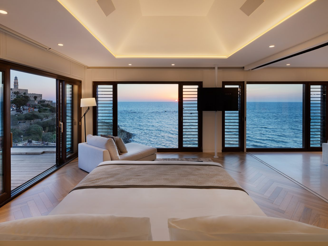 suite with ocean view at Setai Tel Aviv