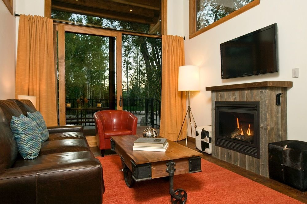 Living room at Fireside Resort