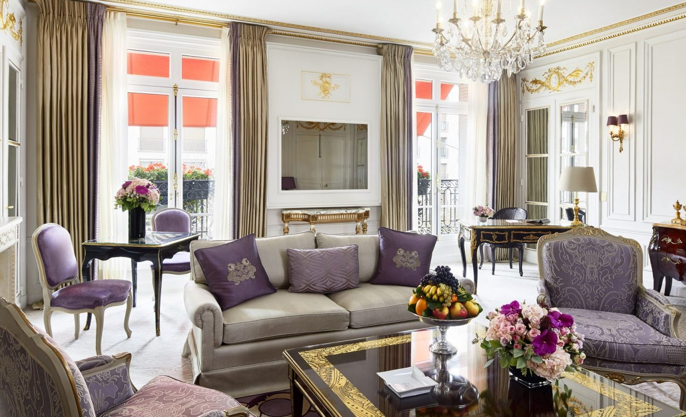 Prestige Suite at Hotel Plaza Athenee