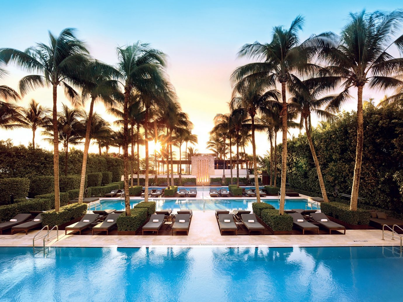 Pool at the Setai Miami Beach