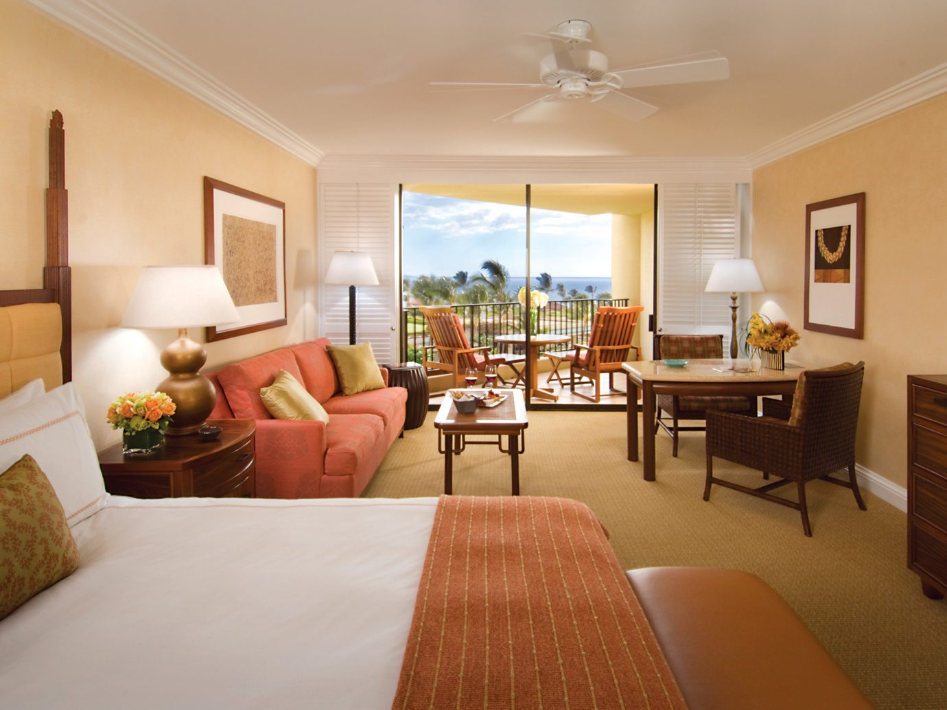 Bedroom at Four Seasons Maui