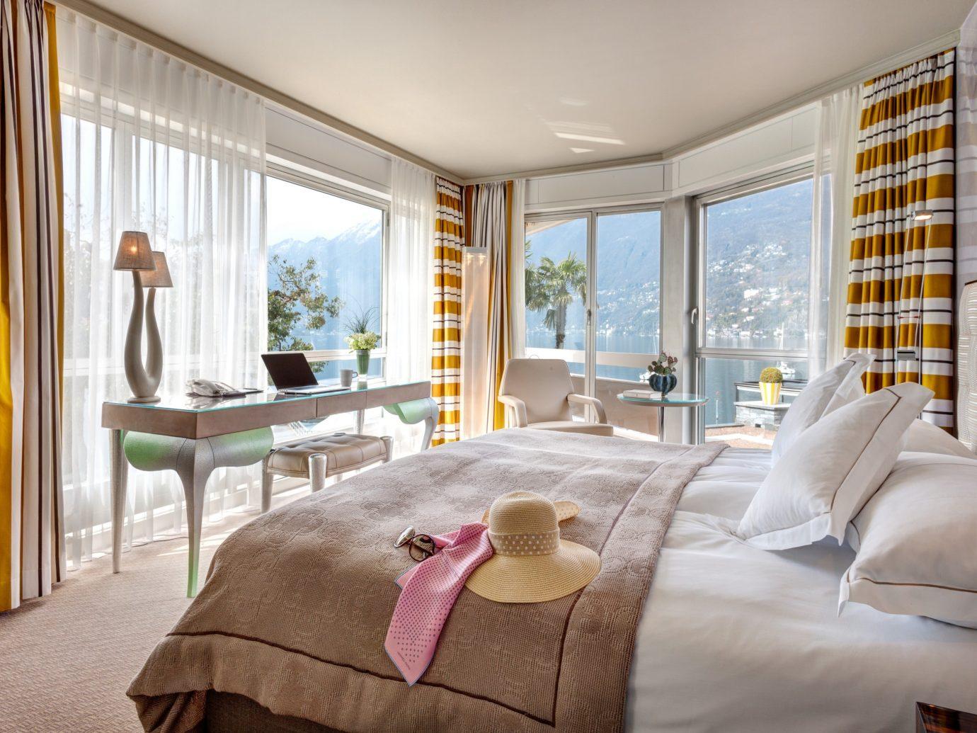 Bedroom at Hotel Eden Roc