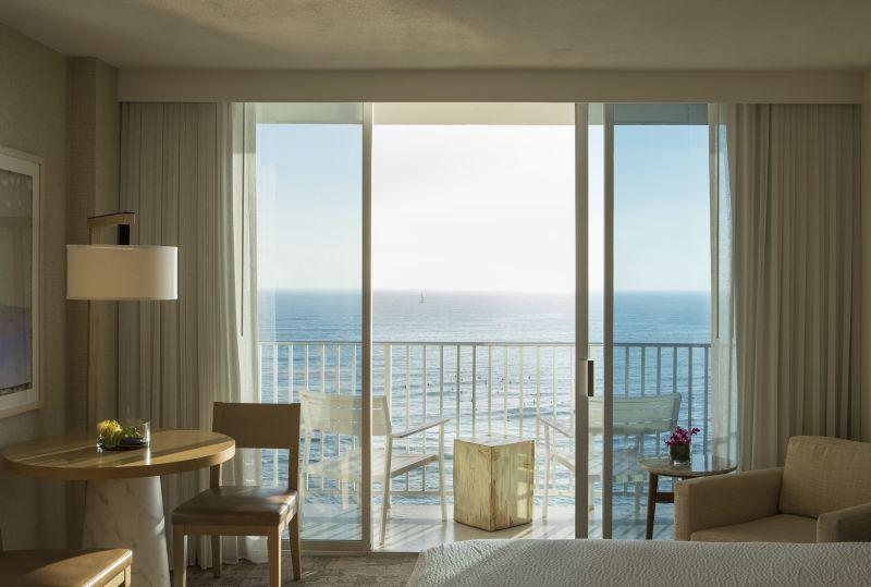 guestroom at 'Alohilani Resort Waikiki Beach, Hawaii