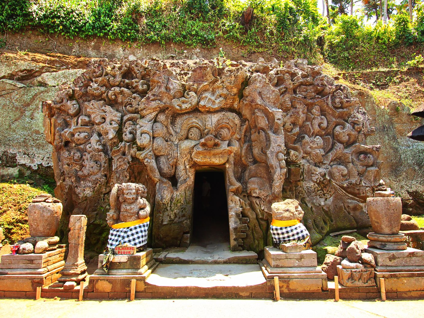 Elephant Cave temple and forest in Bali, Goa Gajah