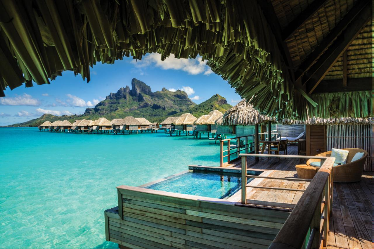 Image from a bungalow on Bora Bora at the Four Seasons