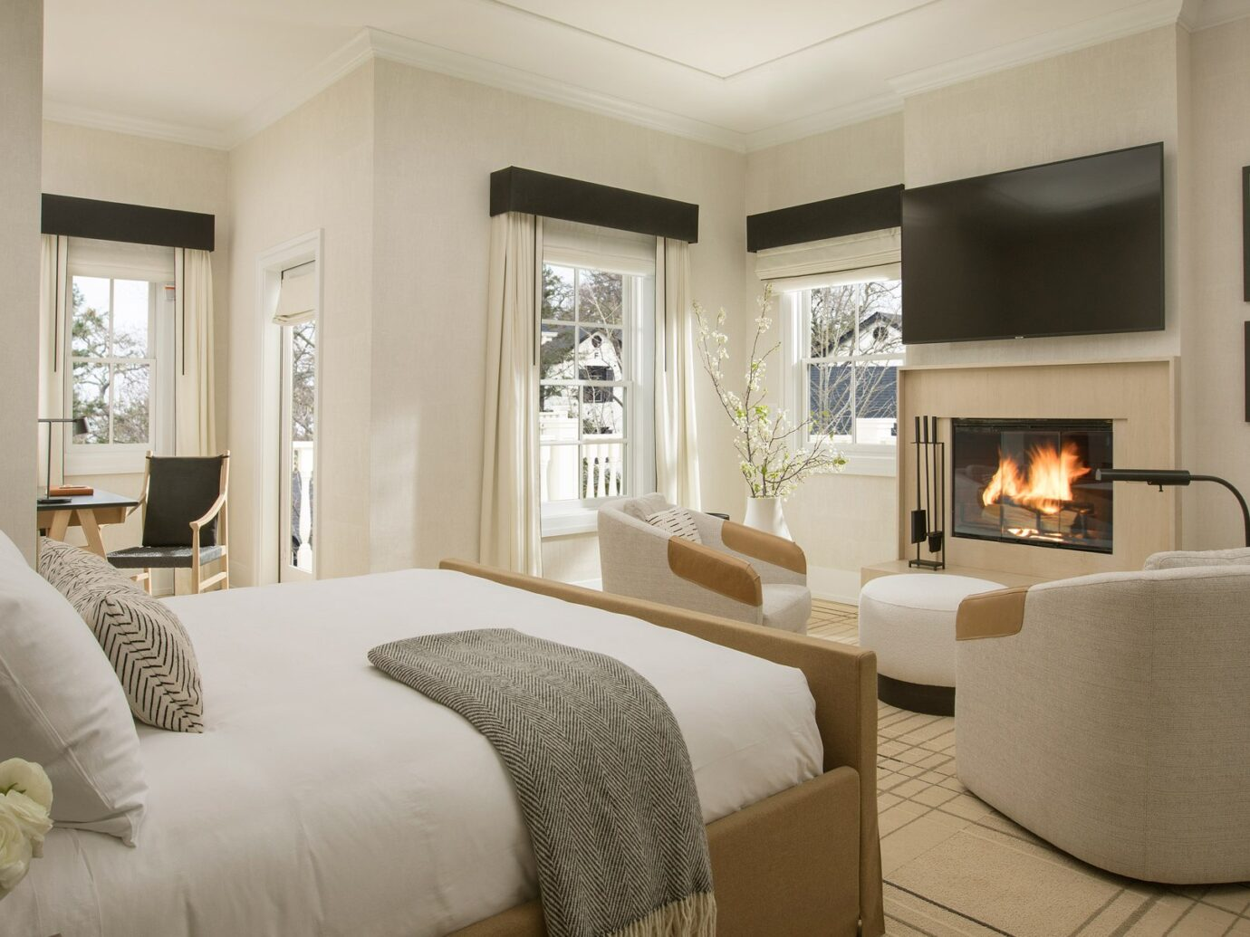 Bedroom at MacArthur Place in Sonoma