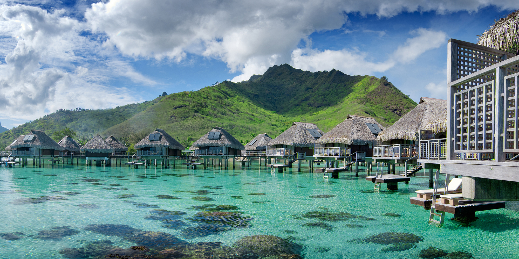 Island-Hopping in French Polynesia: What to See in Bora Bora, Moorea, and  Tahiti | Jetsetter