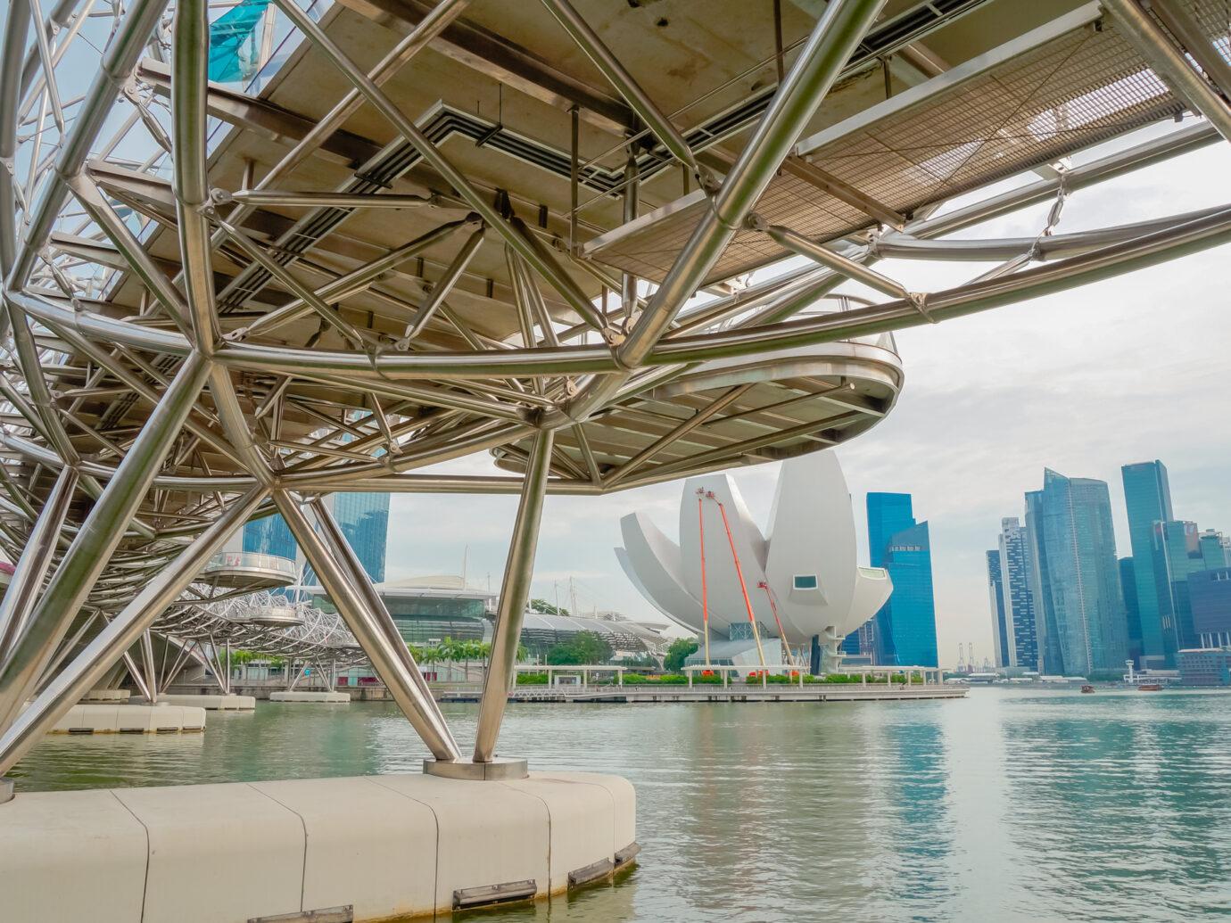 helix bridge at marina bay, singapore